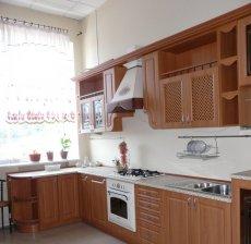 Фото - Маленькая угловая кухня на заказ L-9