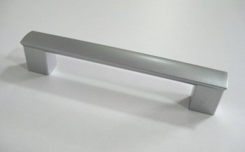 Фото - Ручка пластик цвет алюминий R2
